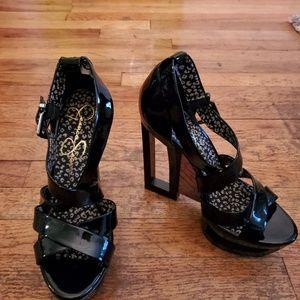 Super sexy Jessica Simpson black platform sandals!